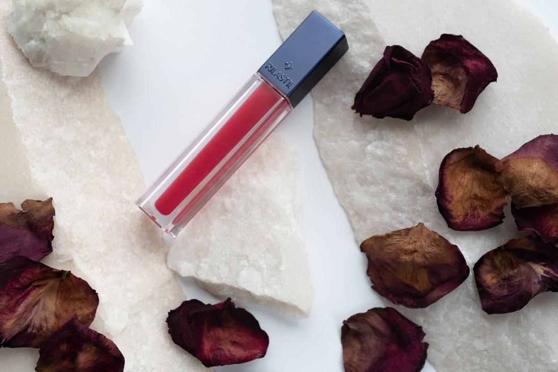 Rilastil Gloss Labbra Idratante e Protettivo: colori brillanti per labbra perfette